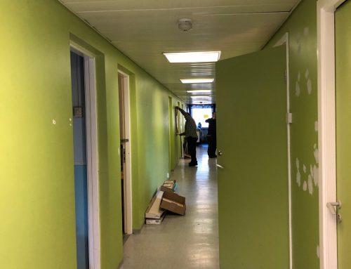 Korridoren målad
